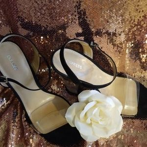 Express shoes NWOT